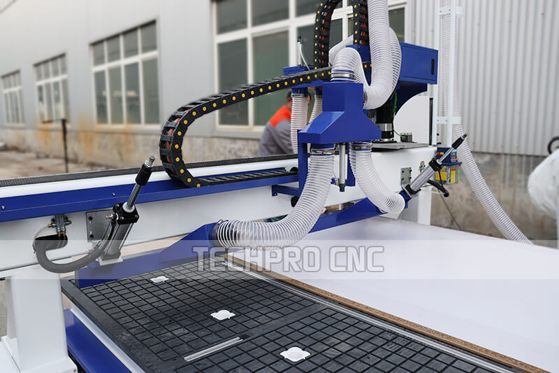 automatic tool changer machines cylinder pushing system