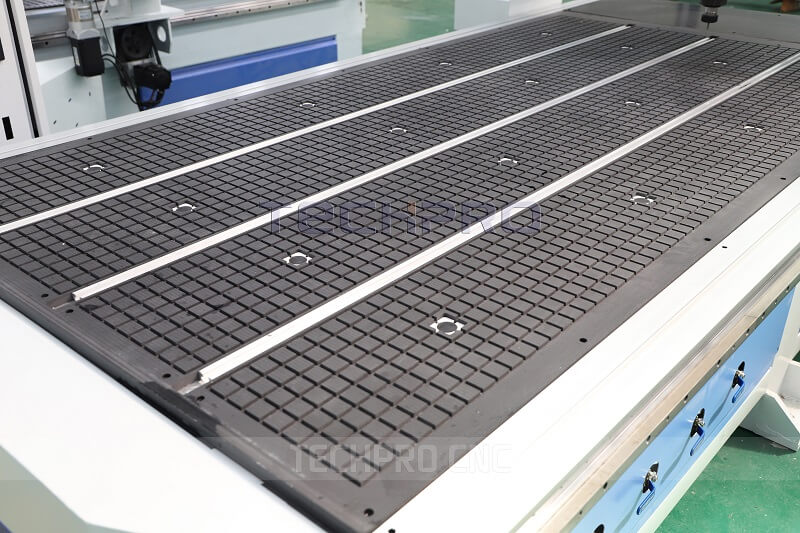 vacuum table of saw balde cnc router